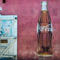 Coca Cola Werbung auf Restaurant am Markt , Morondava, Madagaskar | Morondava, Madagascar
